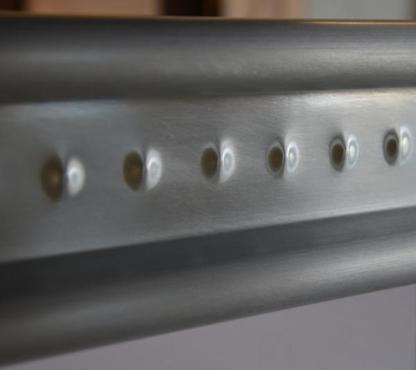 Exemple de moulure de comptoir de bar